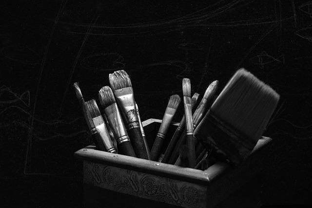 artist-brush-983590_640