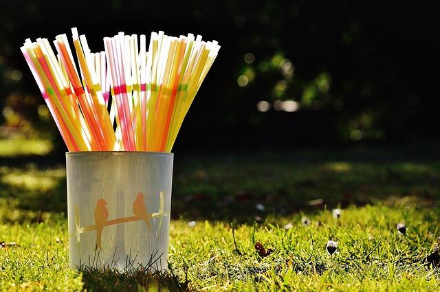 straws-1111453_640